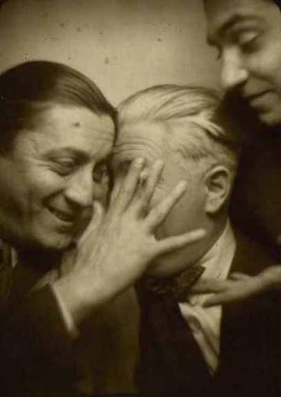 Fikret-Adil(1901-73)-Sedat-Nuri-Ileri-ve-Abidin-Dino-ile